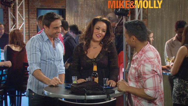 Mike & Molly - Growing Old