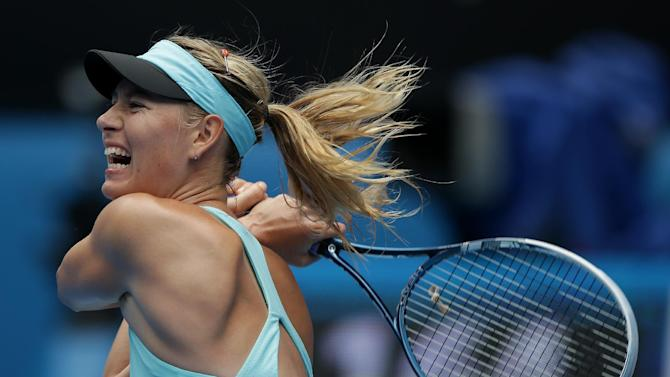 Sharapova, Federer into 4th round at Aussie Open