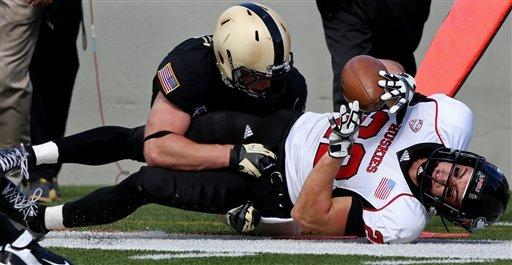 Northern Illinois squeaks by Army 41-40