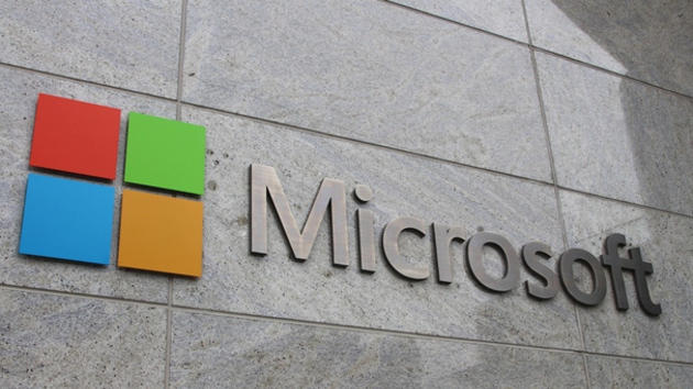 Microsoft labels US government a 'persistent threat' in plan to cut off NSA spying