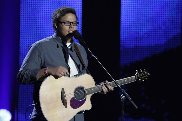 "Taylor Davis (singer/guitarist) is one of the Top 48 acts on Season 6 of ""America's Got Talent."""