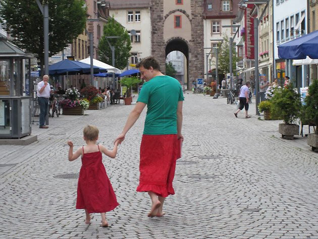 Nils Pikert donned a skirt to support his son. (Photo via EMMA)
