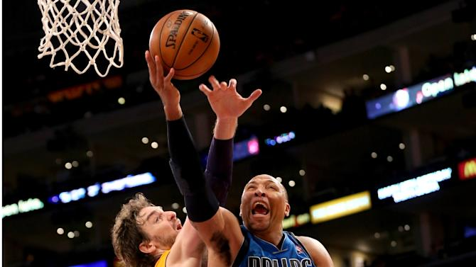 Dallas Mavericks v Los Angeles Lakers