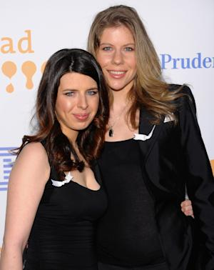 FILE - In this March 28, 2009 file photo, actress Heather Matarazzo, left, and girlfriend Carolyn Murphy attend the 20th Annual GLAAD (Gay & Lesbian Alliance Against Defamation) Media Awards in New York.  With New York becoming the sixth, and largest, state to legalize same-sex marriage, Matarazzo plans to wed longtime girlfriend Carolyn Murphy.  (AP Photo/Evan Agostini, file)