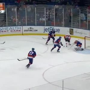 Jaroslav Halak Save on Vincent Lecavalier (05:35/1st)