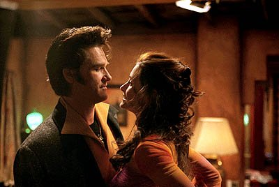 Kurt Russell and Courteney Cox in Warner Brothers' 3000 Miles To Graceland