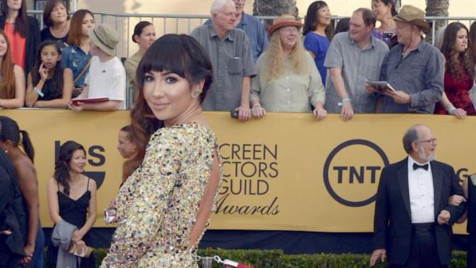MAN44. Los Angeles (United States), 26/01/2015.- Australian actress Yael Stone arrives for the 21st Annual Screen Actors Guild Awards at the Shrine Auditorium in Los Angeles, California, USA, 25 January 2015. (Estados Unidos) EFE/EPA/PAUL BUCK