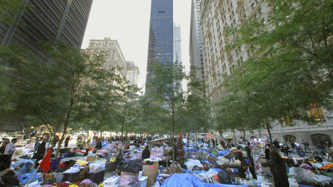 Unions, students join Wall Street protesters
