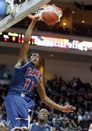 Loyola Marymount knocks off Santa Clara 60-58