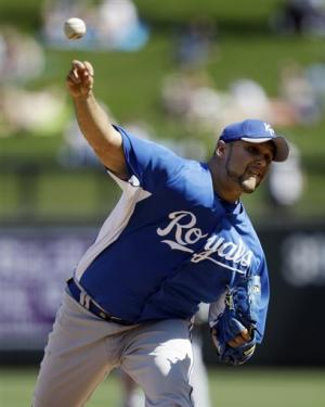 Paulino, Crow effective for Royals