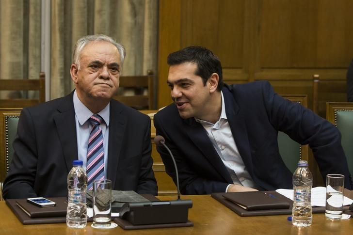 Greece, lenders must reach deal by early May, Deputy PM tells paper