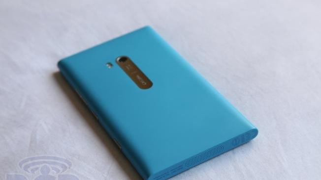 Bernstein Research: People don't want Windows Phones