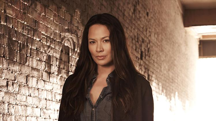 "Moon Bloodgood stars as Anne Glass in ""The Falling Skies."""
