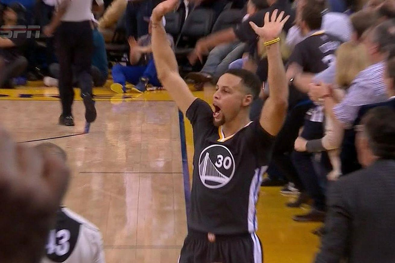 Stephen Curry raises the roof to celebrate assist before it happened