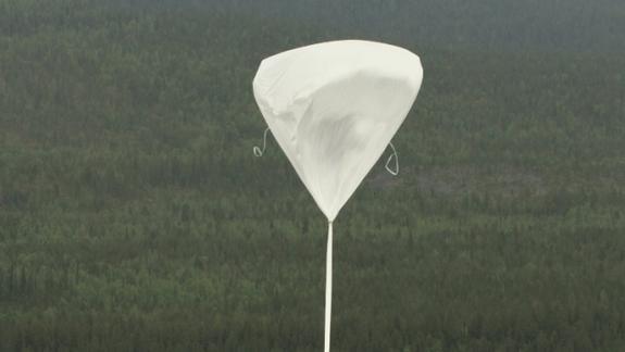 Giant Balloon Launches Sun-Studying Telescope