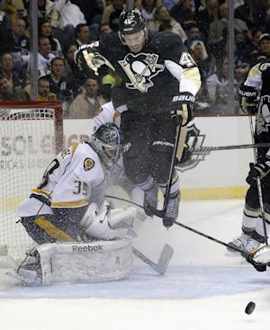 Neal, Sutter lift Penguins over Predators