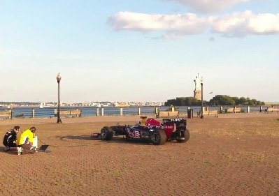F1 Car Sings Star-Spangled Banner