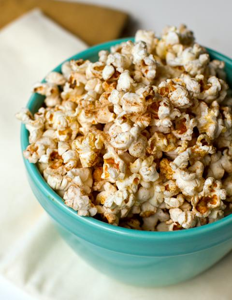 Cinnamon Chili Coconut Oil Popcorn