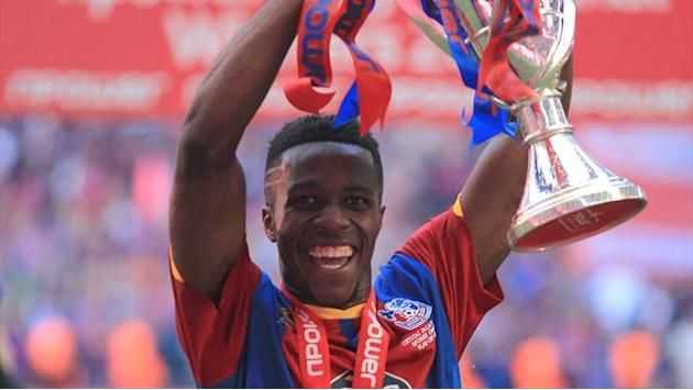 Championship - Holloway wants Wembley hero Zaha back on loan