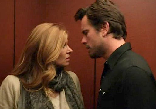 Rayna and Deacon share a steamy kiss in the elevator while on tour in Chicago