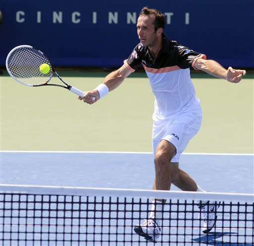 Fish finally beats Stepanek to reach quarterfinals