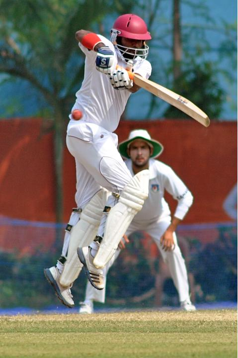 West Indies player N Deonarine in action during Day 2 of practice match between West Indies and Uttar Pradesh Cricket Association XI at the Jadavpur University Ground in Kolkata on Nov.1 2013. (Photo: