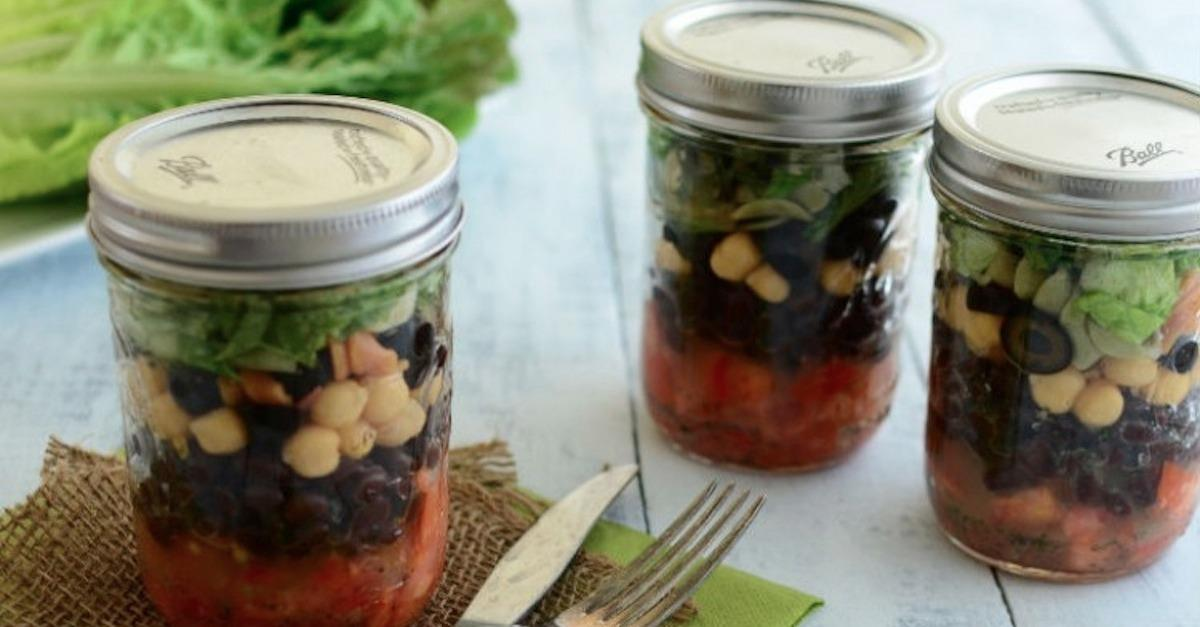 20 Delicious Meals You Can Make In A Mason Jar