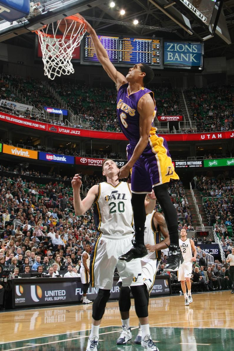 Clarkson leads Lakers rally for 100-97 win over Jazz