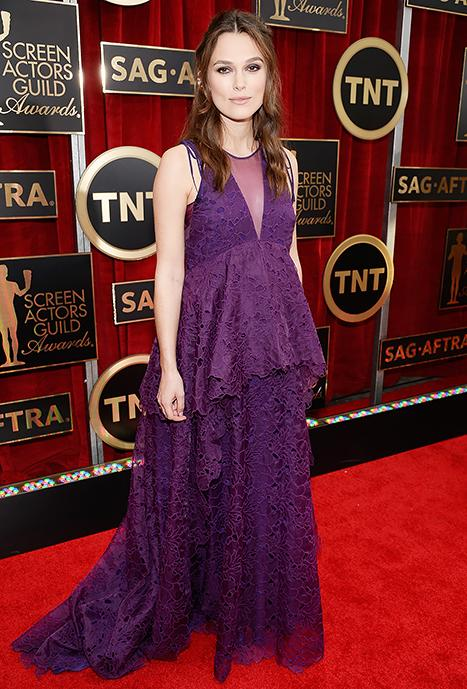 """Pregnant Keira Knightley Turns Heads in Purple Lace at the 2015 SAG Awards, Jokes Her Waist Has """"Disappeared"""": See Her Bump"""