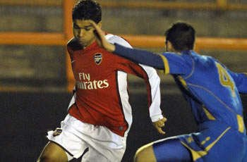 Arsenal sales of Van Persie and Song a 'big mistake', says Eduardo