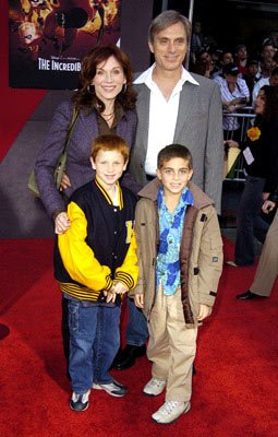 Premiere: Marilu Henner and family at the Hollywood premiere of Disney and Pixar's The Incredibles - 10/24/2004