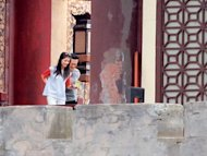 Raymond Lam brings girlfriend to film set