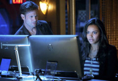 Matthew Davis and Jessica Lucas | Photo Credits: Cate Cameron/The CW