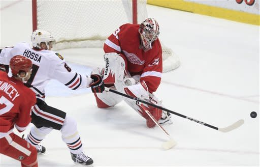 Kane scores winner, Blackhawks beat Red Wings 2-1