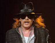 rose robbed gold-and-diamond necklaces worth 200000 rock bands concert paris