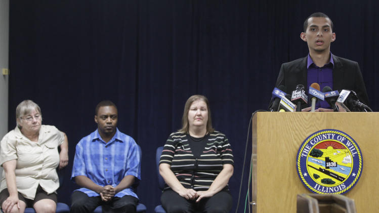 Members of the jury that heard the murder trial of former Bolingbrook police officer Drew Peterson from left, alternate juror, Patricia Timke, 68, Jeremy Massey, 26, Teresa Mathews, 49, and jury forman Eduardo Saldana, 22, answer questions during a news conference, Friday, Sept. 7, 2012 in Joliet, Ill. The jurors convicted Peterson Thursday of murdering his third wife, Kathleen Savio. He faces a maximum 60-year prison term when sentenced on Nov. 26. Illinois has no death penalty. (AP Photo/M. Spencer Green)