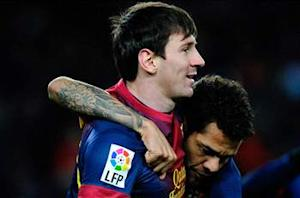 Alves: Neymar would help out Messi