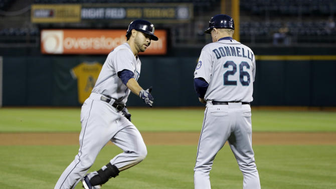 Romero's first big league homer lifts Mariners
