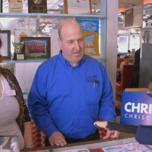 Triumph the Insult Comic Dog Mocks Chris Christie's Diner Visit