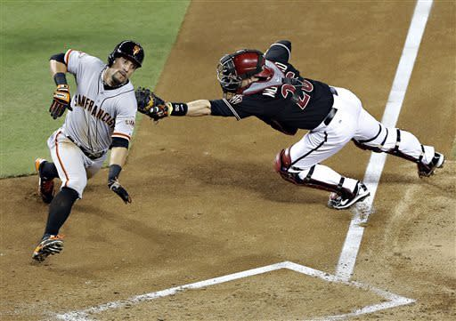 Giants roll over Diamondbacks 10-5