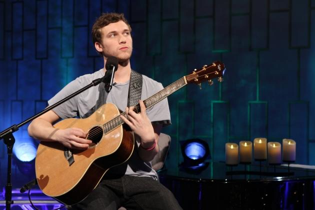 'American Idol' Phillip Phillips performs on Access Hollywood following his big win, May 24, 2012 -- Access Hollywood