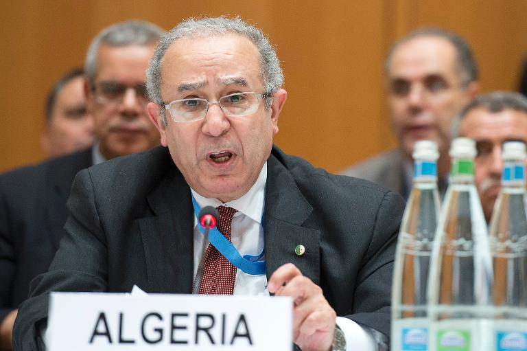 Algeria election 'to have international monitors'