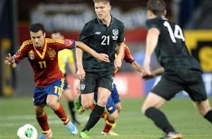 Spain 2-0 Rep of Ireland: Soldado and Mata secure victory in New York friendly