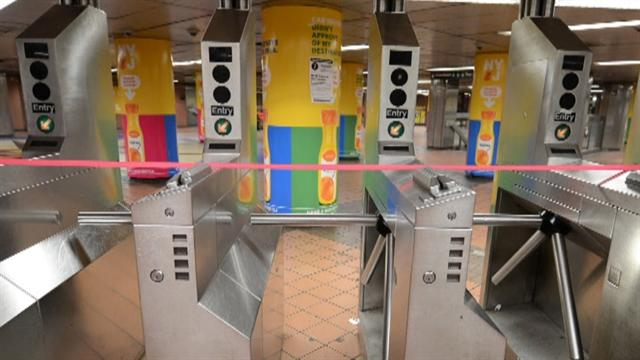 Hurricane Sandy forces MTA shutdown in NYC