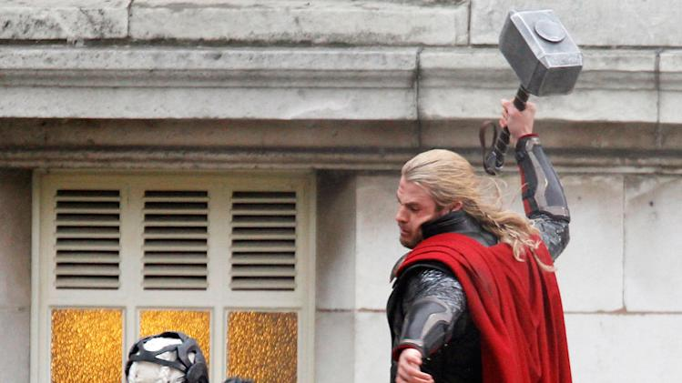 Spotted on Set, Chris Hemsworth