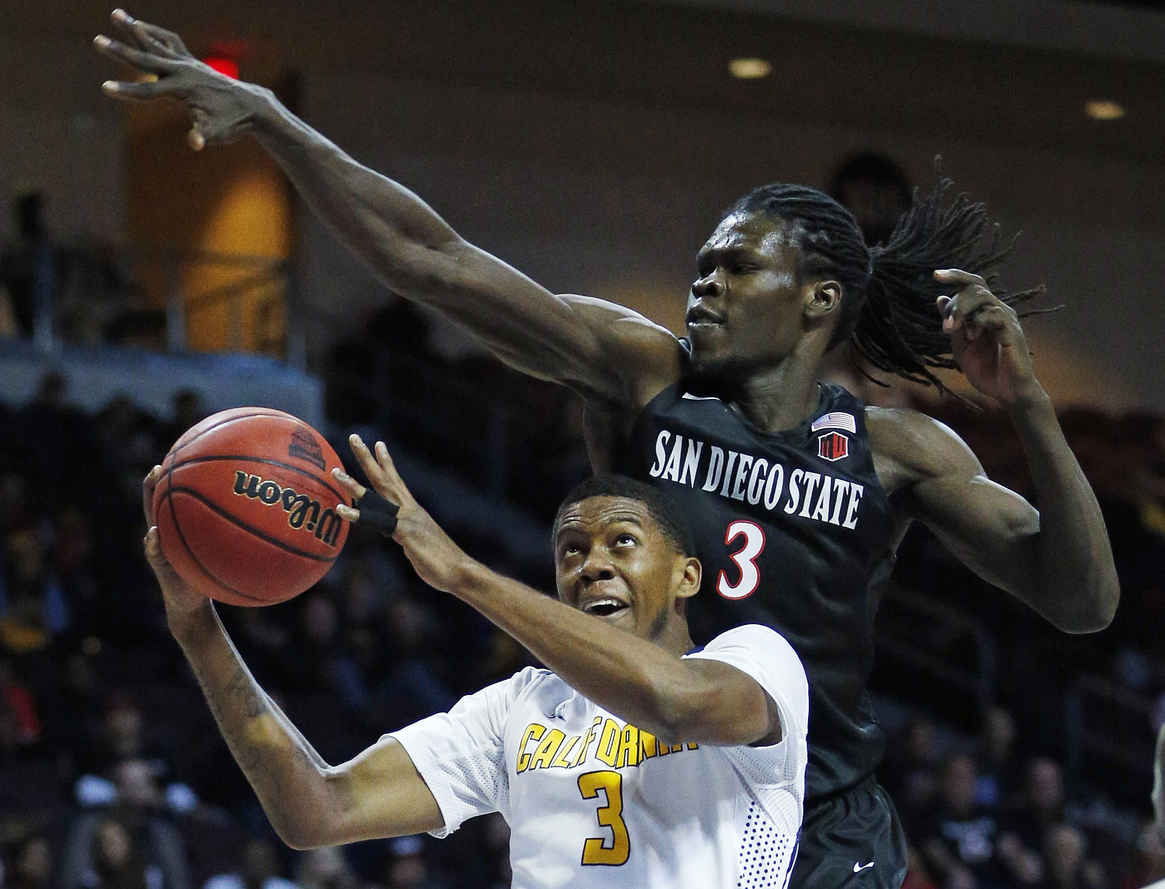 Spencer, Shepard lead San Diego St past No. 14 Cal 72-58