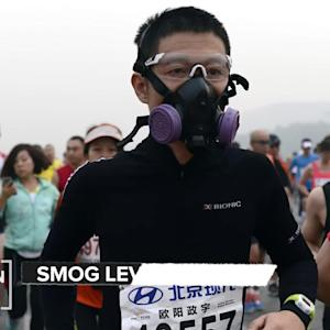 Smog Is So Bad In Beijing That Runners Have To Wear Masks