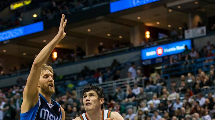 NBA: Dallas Mavericks at Milwaukee Bucks