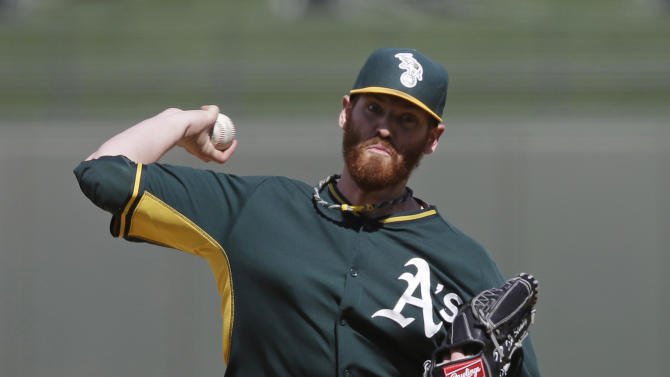 Straily pitches 4 solid for A's in 9-9 tie with KC