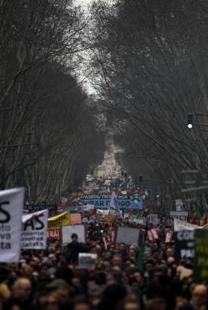 Thousands march in Portugal to protest austerity